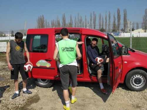 Un Caddy pentru echipa22883