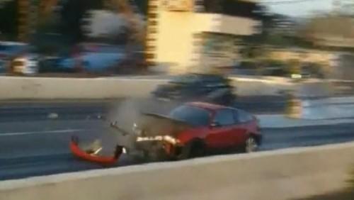 VIDEO: Ce se intampla cand explodeaza ambreiajul...22839
