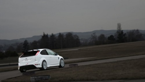 Studentii germani pregatesc un Ford Focus RS pentru cursa de 24h de la Nurburgring22794