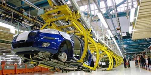 Fiat ar putea da afara 5.000 de angajati din Italia22715
