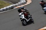 VIDEO: Competitie neobisnuita cu scutere22466