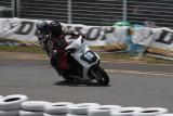 VIDEO: Competitie neobisnuita cu scutere22472