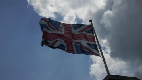 Marea Britanie ajuta financiar Ford si Nissan22446