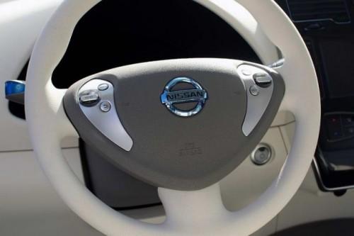 Nissan Leaf costa 38.500 dolari22329