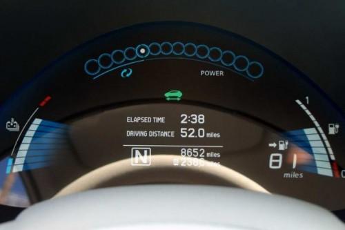 Nissan Leaf costa 38.500 dolari22332