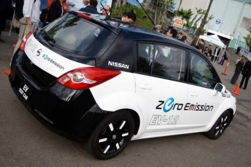 Nissan Leaf costa 38.500 dolari22341