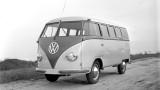 Volkswagen Transporter a implinit 60 de ani22183