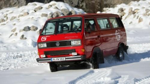 Volkswagen Transporter a implinit 60 de ani22205