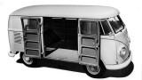 Volkswagen Transporter a implinit 60 de ani22191