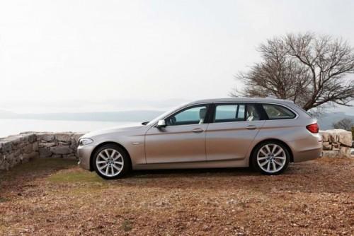 BMW Seria 5 Touring22001