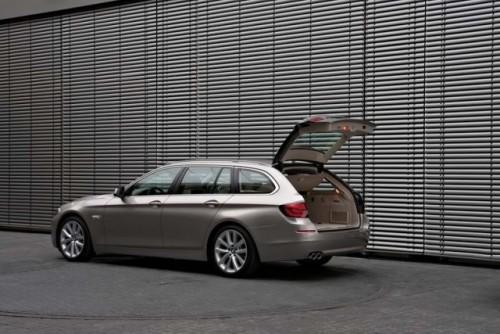 BMW Seria 5 Touring22037