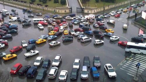 Sacderea pietei auto cauzeaza un declin al afacerilor din comert21963