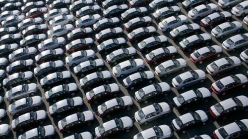 Vanzarile auto au scazut cu 51% in ianuarie 201021953