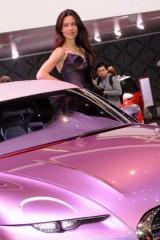 Galerie Foto: Fetele Salonului Auto de la Geneva21454