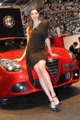 Galerie Foto: Fetele Salonului Auto de la Geneva21488