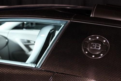 Geneva LIVE: Bugatti dezvaluie doua editii speciale ale lui Veyron Grand Sport21243