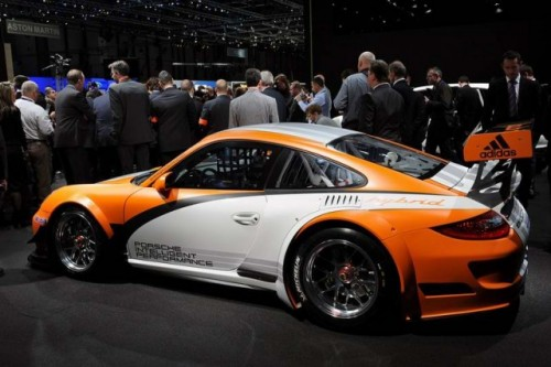 Geneva LIVE: Porsche 911 GT3 R Hibrid21199