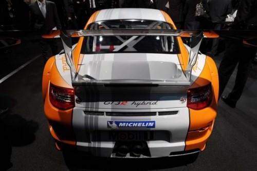 Geneva LIVE: Porsche 911 GT3 R Hibrid21200