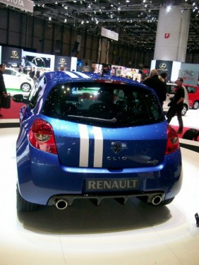Geneva LIVE: Renault Clio Gordini RS21133