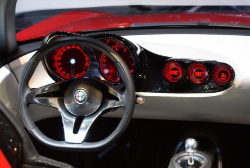 Geneva LIVE: Pininfarina 2uettottanta, concept pentru Alfa Romeo 15921063