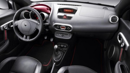 Geneva LIVE: Noul Renault Wind21035