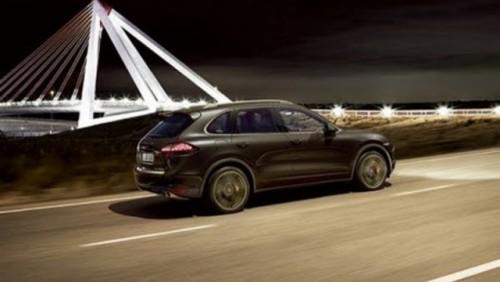 Iata noul Porsche Cayenne!20592
