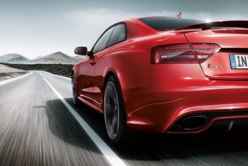 Primele imagini cu Audi RS520385