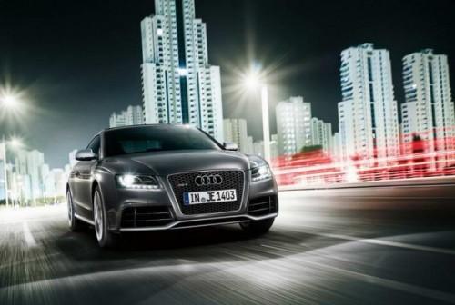 Primele imagini cu Audi RS520386