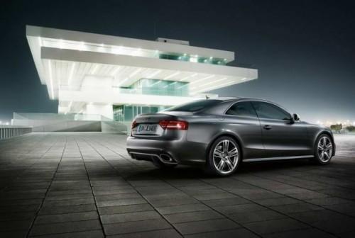 Primele imagini cu Audi RS520387
