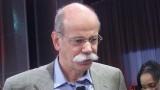 Dieter Zetsche ramane in fruntea Daimler pana in 201320331