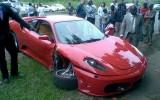 Incredibil: un Lamboghini Murcielago loveste un Ferrari 43020213