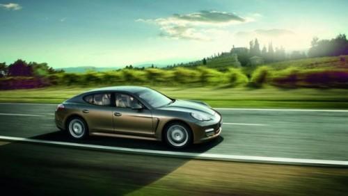 OFICIAL: Noul Porsche Panamera V620184