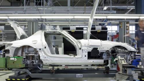 Mercedes incepe productia lui SLS AMG19248