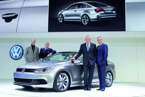 Detroit LIVE: Volkswagen prezinta Jetta Coupe hibrid18430