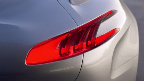 FOTO: Conceptul Peugeot SR118412