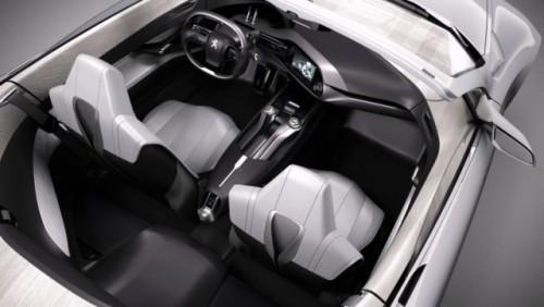 FOTO: Conceptul Peugeot SR118414
