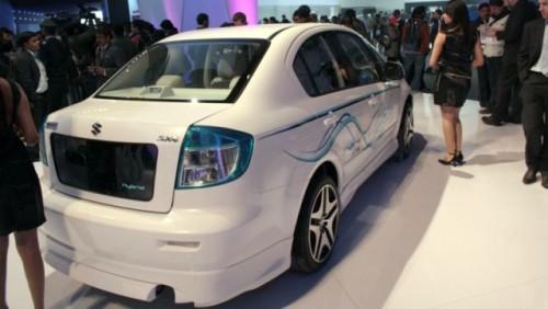 Suzuki prezinta hibridul SX418263