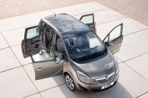 Iata noul Opel Meriva!18195