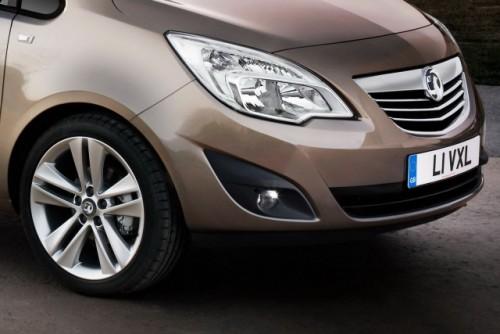 Iata noul Opel Meriva!18197