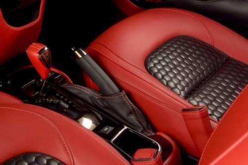 Premiera: Aston Martin Cygnet18071