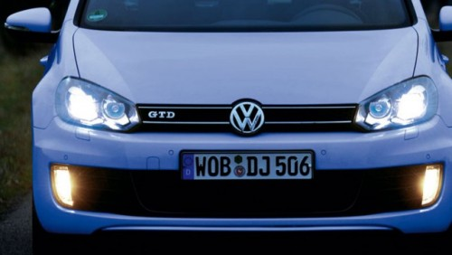 Vokswagen Golf, dotat cu LED-uri17549