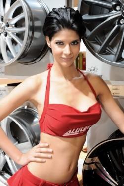 Cele mai sexy fete de la Essen Motor Show17440