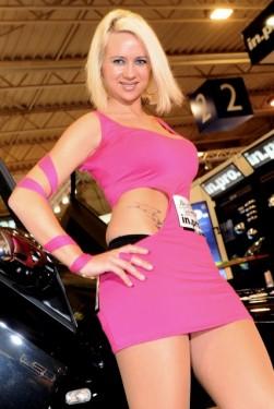 Cele mai sexy fete de la Essen Motor Show17442