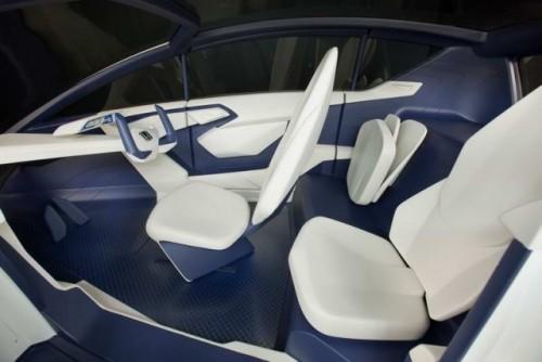 Honda P-NUT Micro Coupe Concept17400