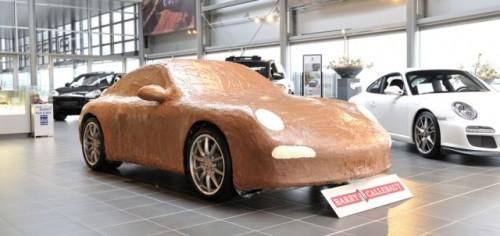 Porsche 911 Carrera, imbracat in ciocolata17011