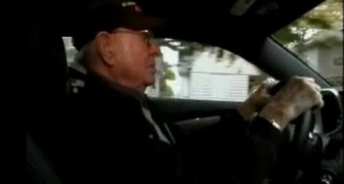 VIDEO: Si-a cumparat un Camaro SS la 101 ani16884
