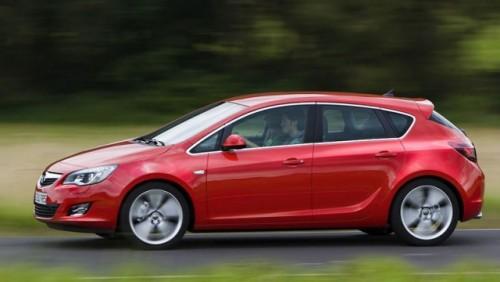 Opel Astra a castigat Volanul de Aur16844