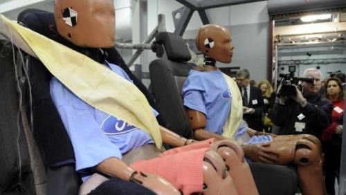 Ford a inventat centura de siguranta cu airbag16843