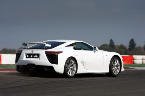Noul Lexus LF-A, killer de Ferrari16410