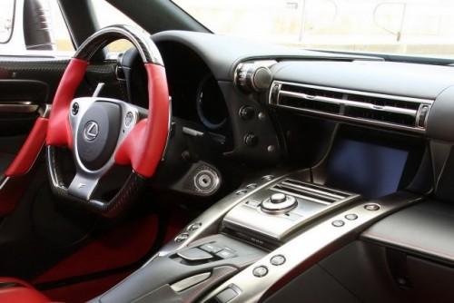 Noul Lexus LF-A, killer de Ferrari16421